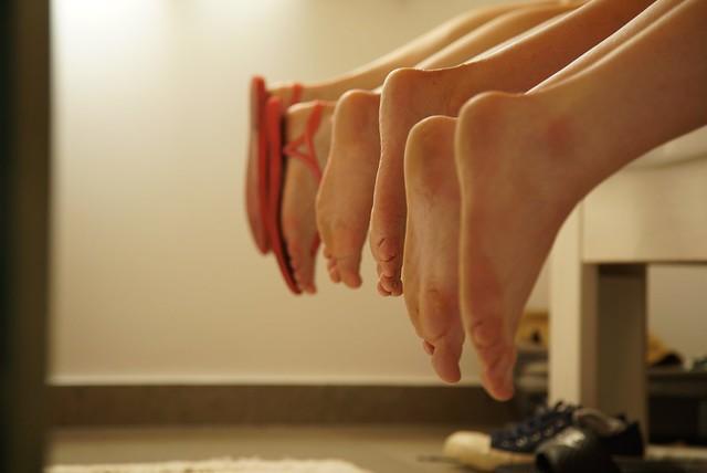 Handball Feet