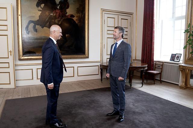 Kroonprins Frederik van Denemarken reikt awards uit van Kroonprins Frederik Fonds (2021)