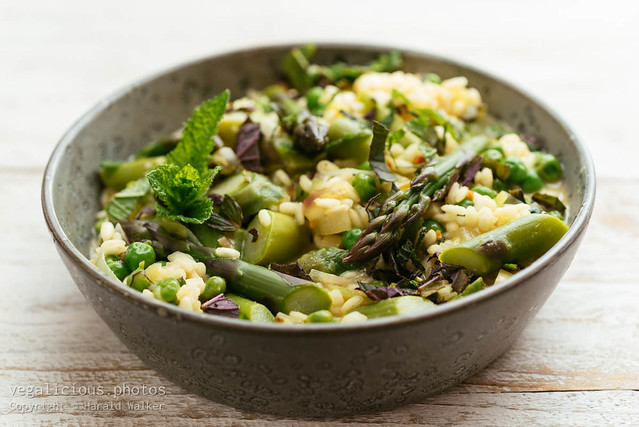 Spring Risotto with Asparagus, Peas, Lemon and Mint