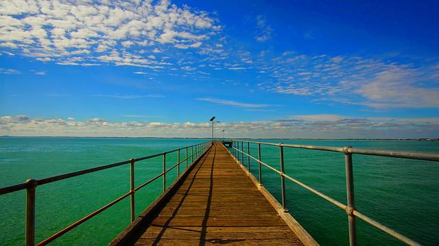 robe pier view