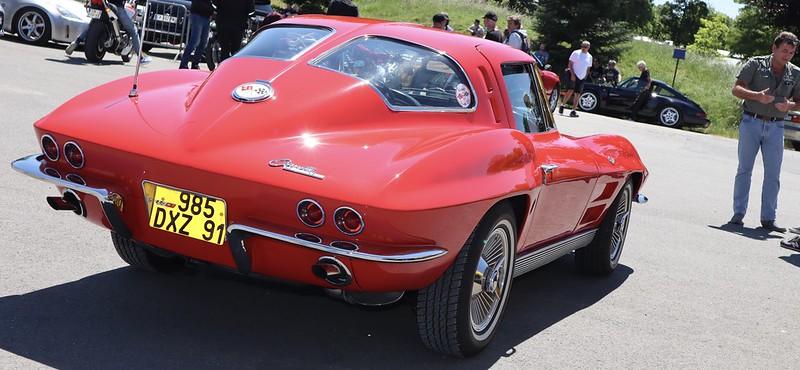 Chevrolet Corvette Sting Ray C2 51245477559_3c49ce1465_c