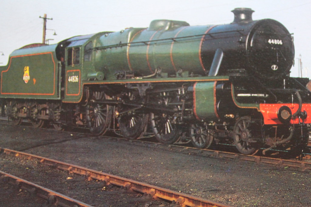 BR 1944 Class Green 5 No44806 4-6-0