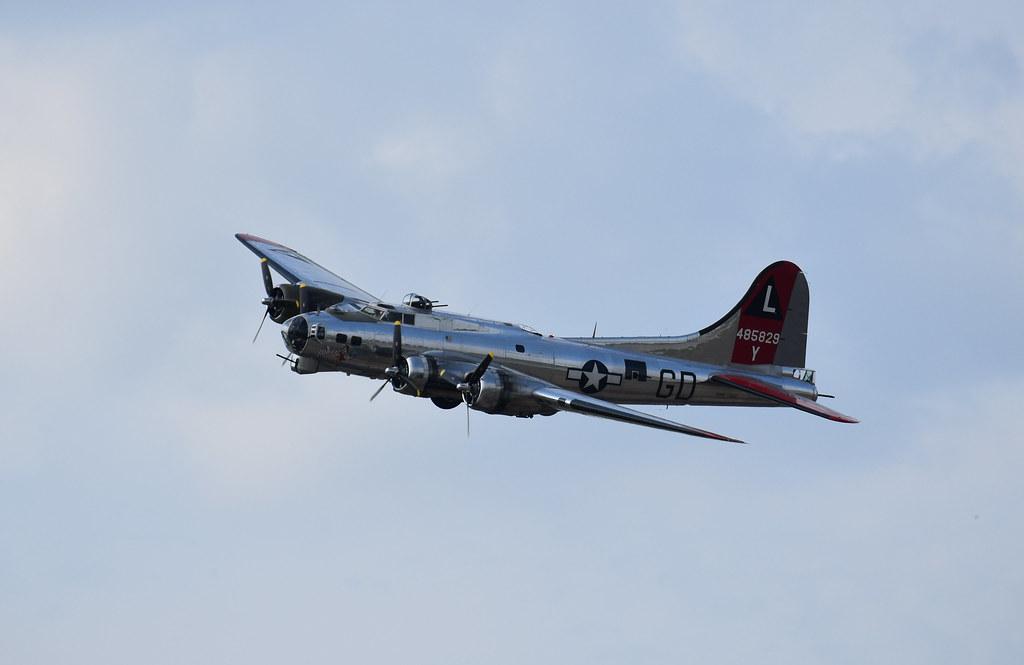 USAAF - B-17G Yankee Lady (S#44-85829 Delv 7-16-45 No WWII - Trib 8th AF 381st BG @ Ridgewell, ENG) (46-58 to USCG PB-1G) #3 @ Yankee Air Museum, MI - Jun-12-21 - Kristo Karl