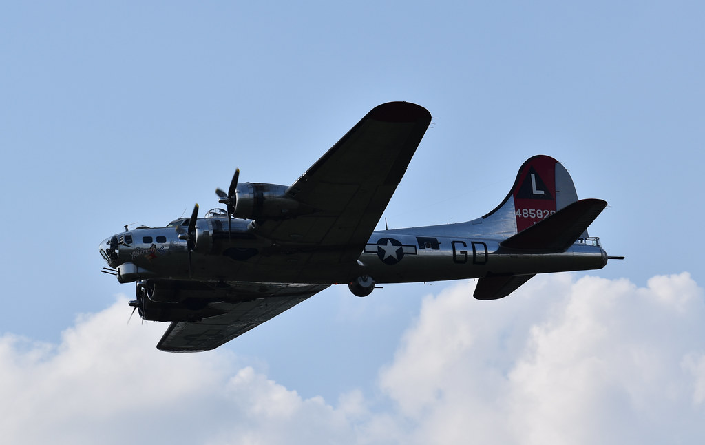 USAAF - B-17G Yankee Lady (S#44-85829 Delv 7-16-45 No WWII - Trib 8th AF 381st BG @ Ridgewell, ENG) (46-58 to USCG PB-1G) #2 @ Yankee Air Museum, MI - Jun-12-21 - Kristo Karl