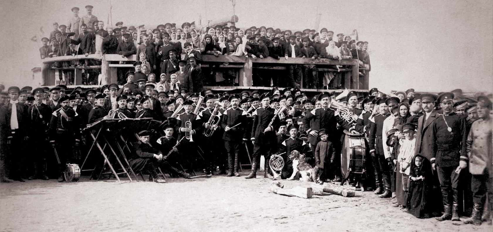 Праздничное увеселение во время коронации Николая II, май 1896