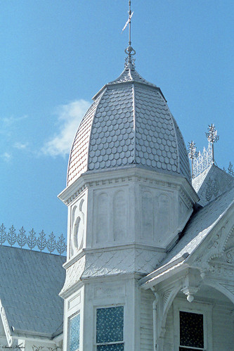 architecture house lodge masonic victorian queenannestyle turret gingerbread scrollwork 1986 mountdora florida