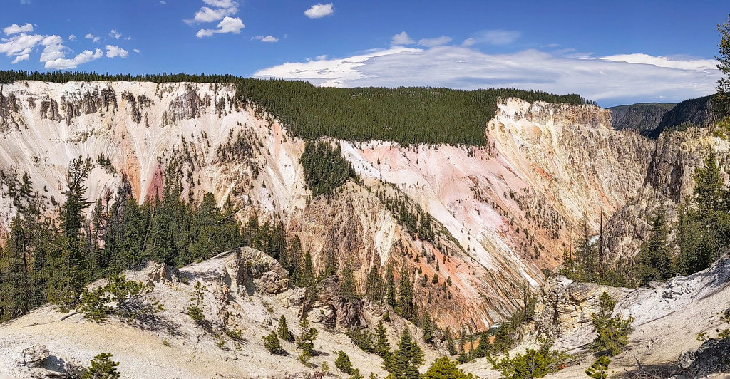 Grand Canyon of YS NW pano from the Artist point