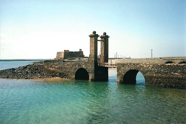 Arrecife - Puente de las Las Bolas - Castillo San Gabriel - Lanzarote