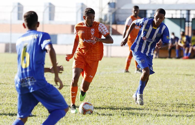 21-06-12 - Mineiro 2021 - Sub-20 - Santarritense1x1Coimbra - f - Henrique Chendes (35)