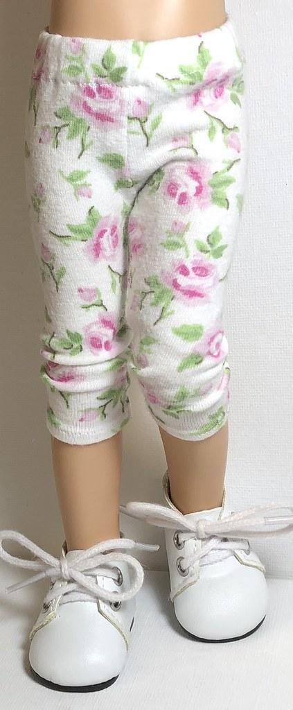 Pink Roses…Leggings For Paola Reina Dolls…