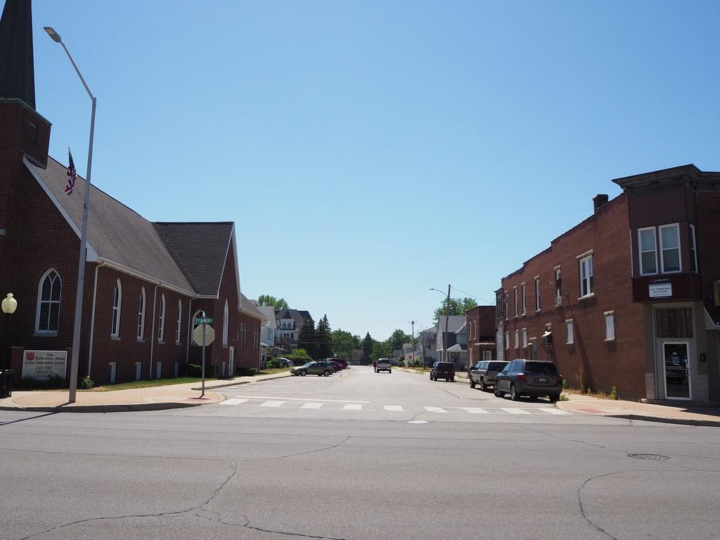 Looking west on Green Street from Franklin Street