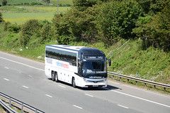 National Express BV19 XRX, M4 Tormarton