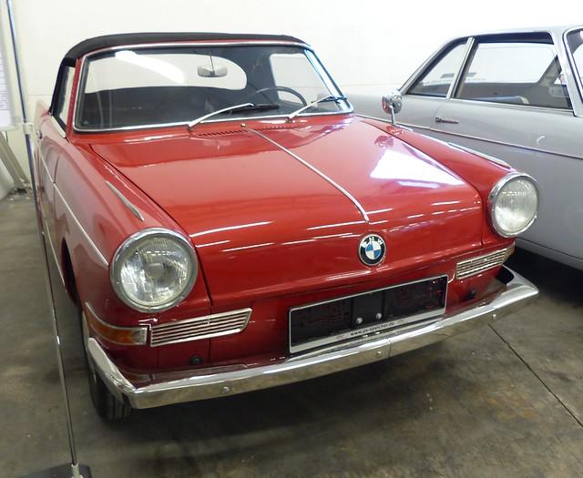 BMW 700 Vabriolet 1964 red v