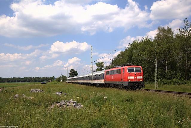 111 200-2 mit der RB32517 von Wuppertal-Oberbarmen nach Bonn bei Brühl.