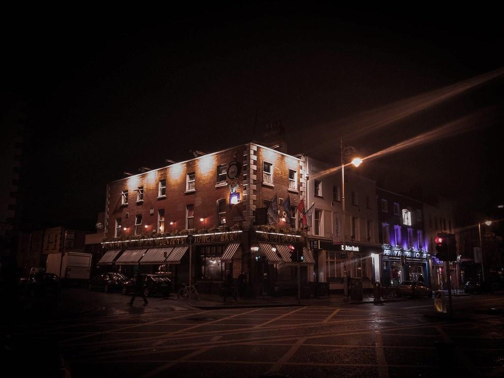 Devitt's: Camden St.