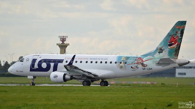 LOT Polish Airlines 🇵🇱️ Embraer ERJ-170 SP-LDH
