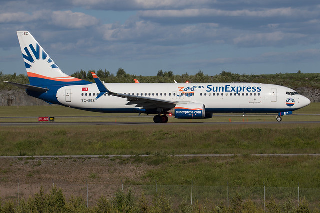 SunExpress Boeing 737-8HC TC-SEZ 210613 ARN