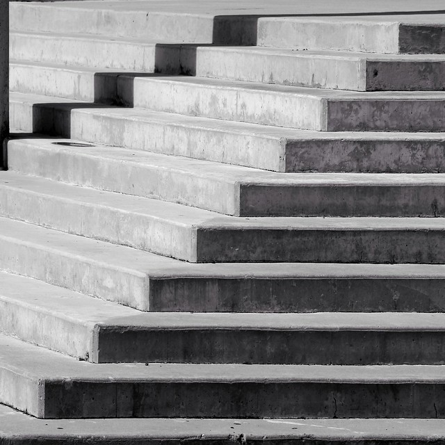 Stair-stract