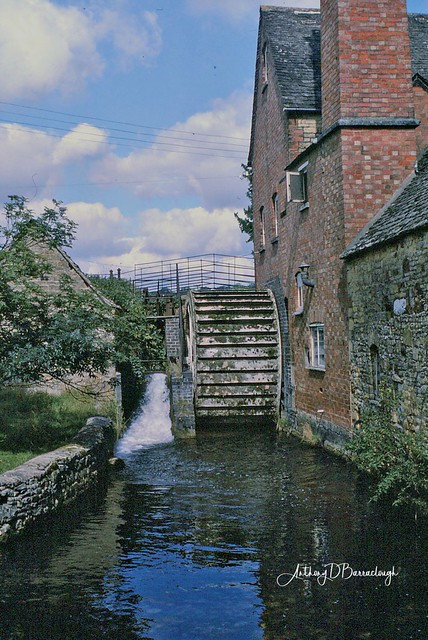 Watermill - Lower Slaughter 1986- 1-1