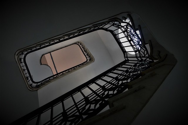 thE staircasE - 2