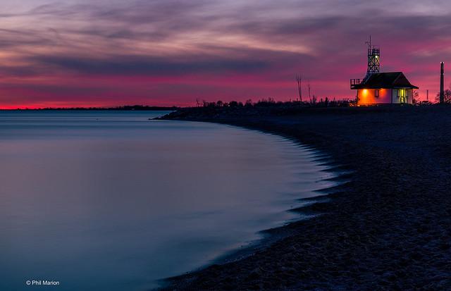 Leuty lifeguard station sunset