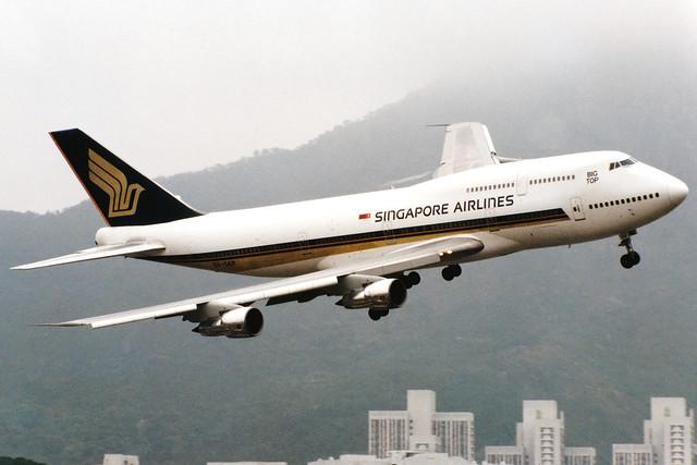 Singapore Airlines | Boeing 747-300M | 9V-SKP | Hong Kong Kai Tak