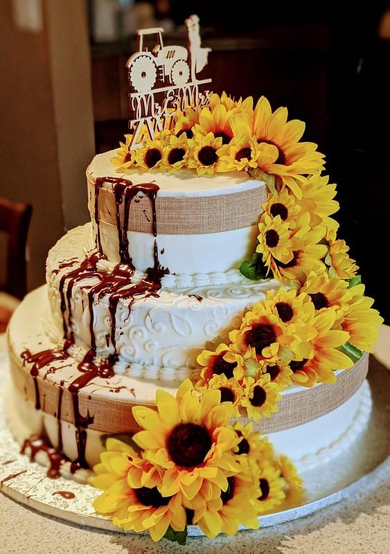 Cake by Kasey's Kakes