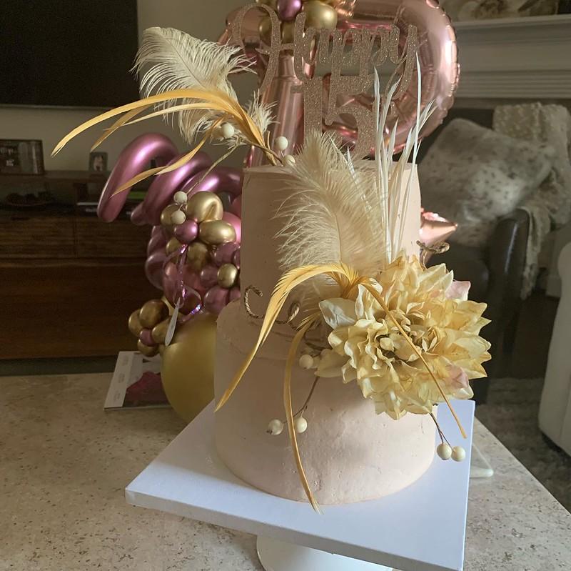 Cake by Elizabeth Bakery