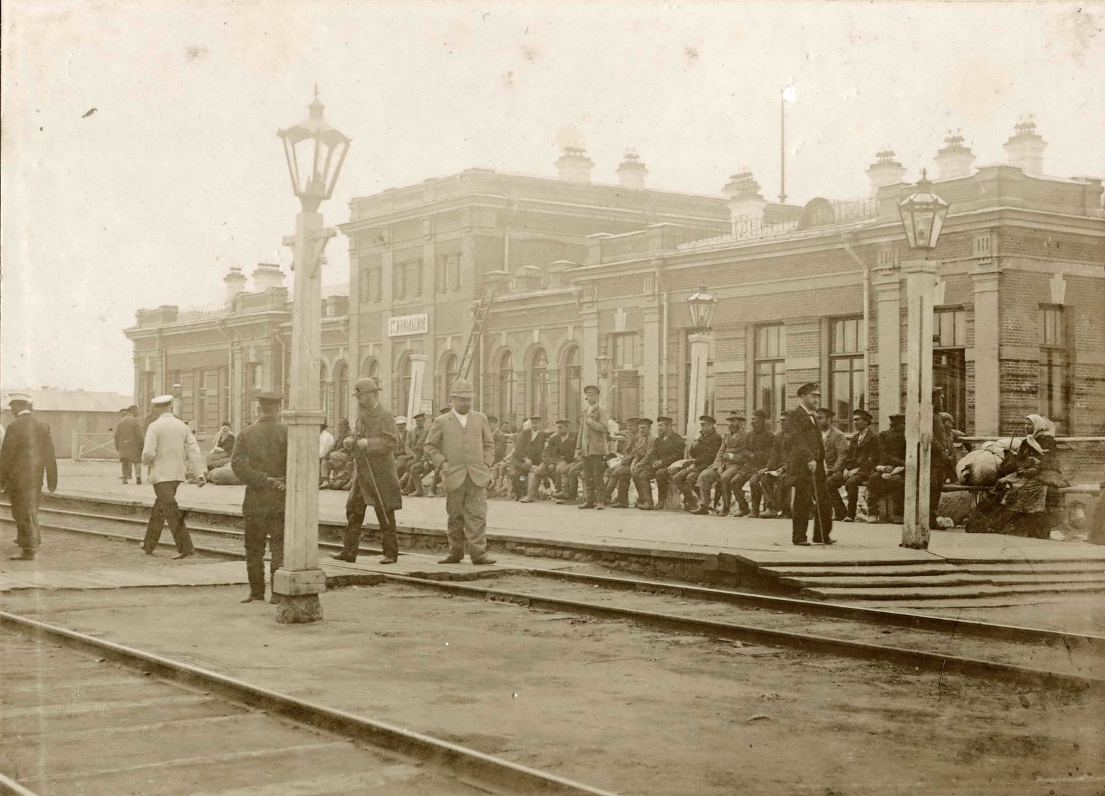 Станция Никольское