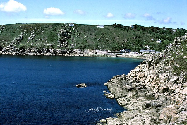 View from Coastal Path from Lamorna 02a-1