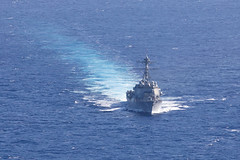 USS Michael Murphy (DDG 112) transits the Pacific while operating with USCGC Midgett (WMSL 757), June 12. (U.S. Navy/MCSN Molly Crawford)