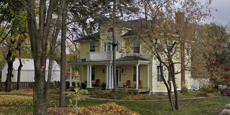 The Republic of Sarah house