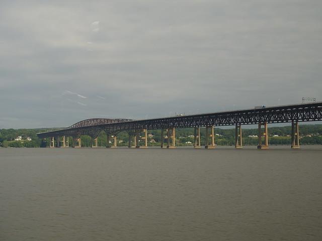 202106023 Hudson River and Newburgh-Beacon Bridge