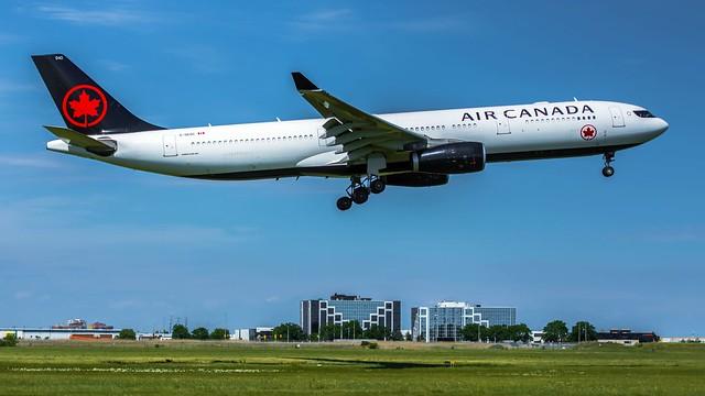 Air Canada A330-300 C-GEGC