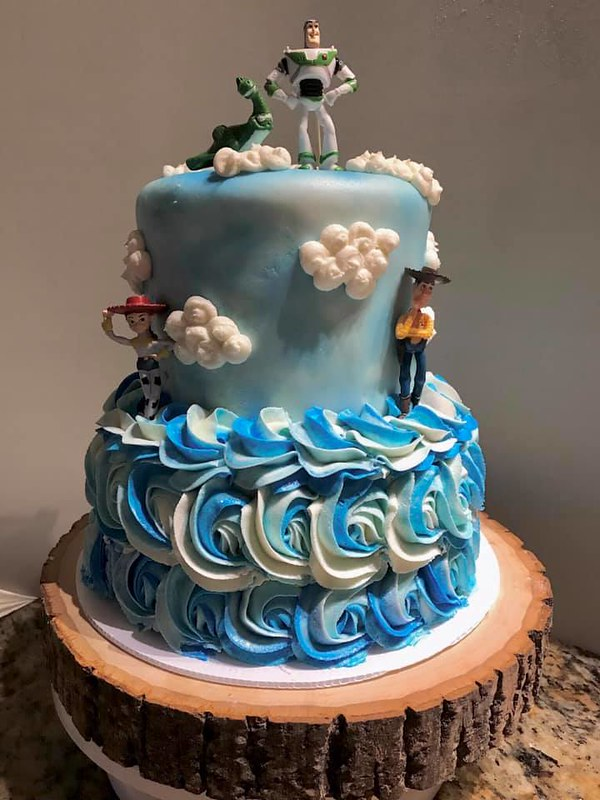 Cake by The Sweet Baker