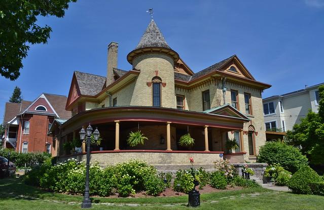 Doran-Marshall Residence, Park Place B&B, Heritage Landmark, Niagara Falls, ON