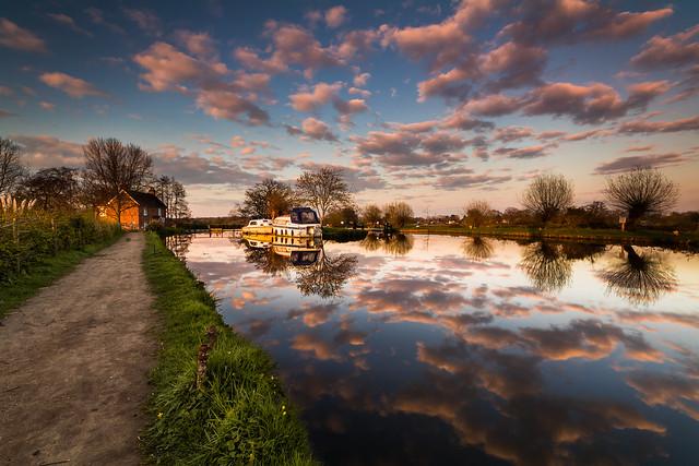 Papercourt Lock Sunset, River Wey - Surrey