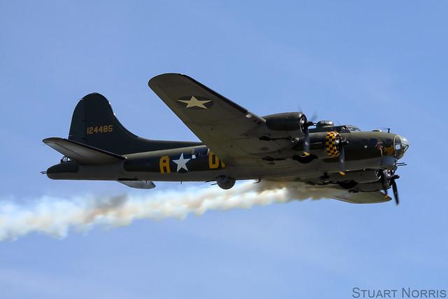 B-17G Flying Fortress - Sally B - B-17 Preservation Ltd