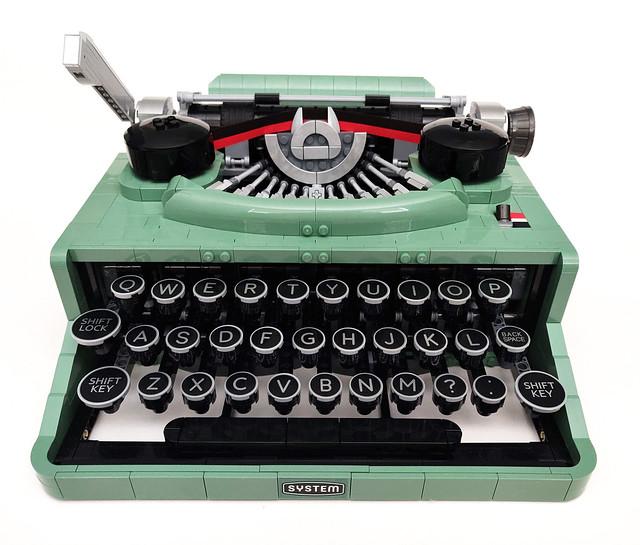 LEGO Ideas Typewriter (21327)