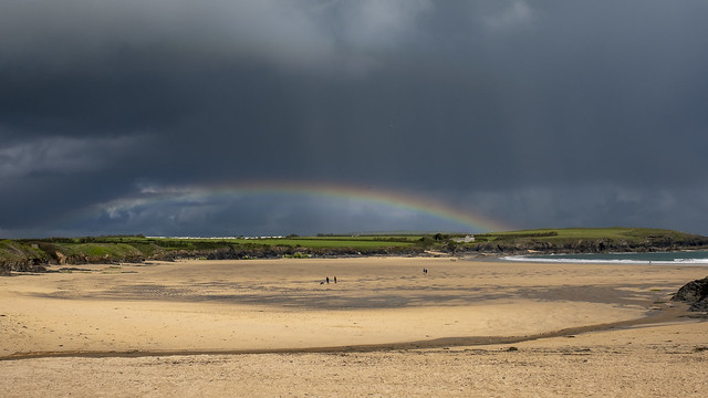 'Storm approaching!'…..