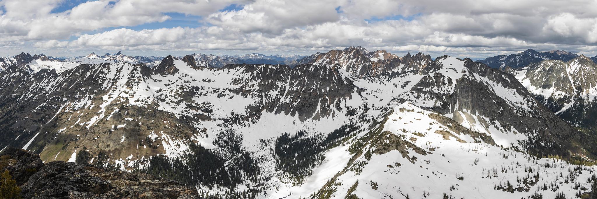 Northeastern panoramic view from Switchblade Peak