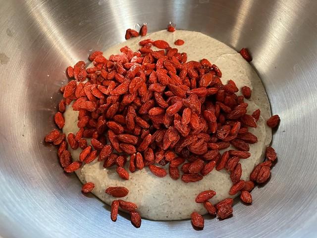 Mixing goji berries
