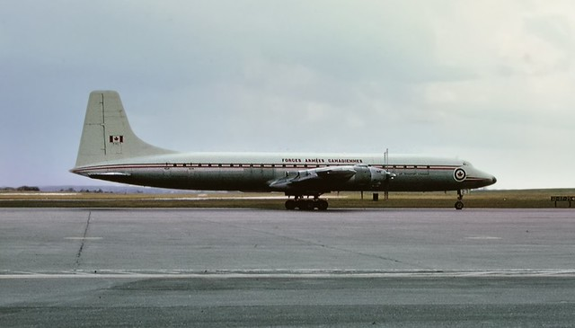 Canadair CL-44-6 - RCAF CC-106 Yukon, 15927, 1961 - Canadian Forces Base Uplands, Ottawa