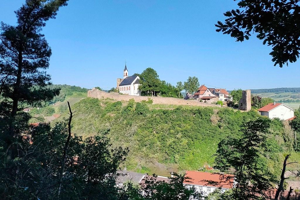 Burg Neu-Bamberg - Hiwweltour Heideblick