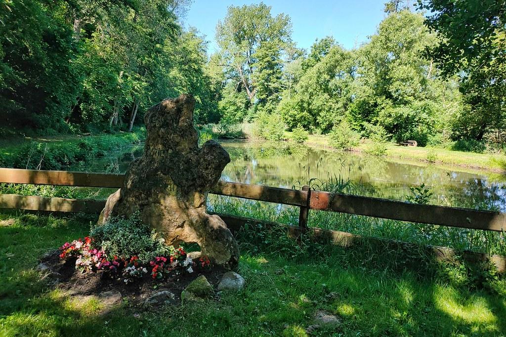 Weiher vom AS Ruhig Blut Wallertheim am Appelbach - Hiwweltour Heideblick