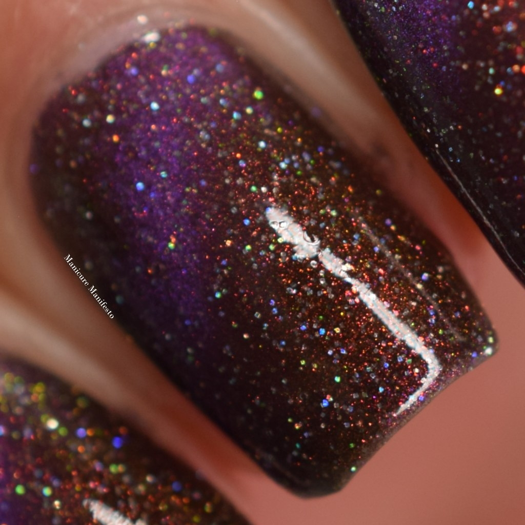 Treo Lacquer Quantum Entanglement swatch