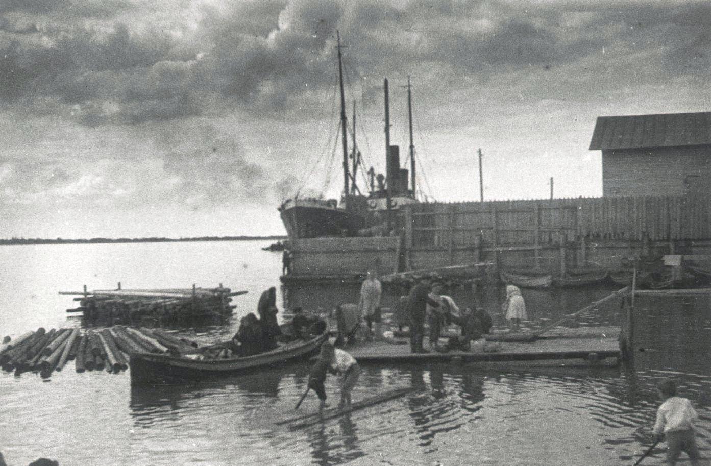 1926-1927. Архангельск. Остатки сплава. Север