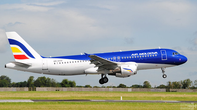 Air Moldova 🇲🇩 Airbus A320-200 ER-AXV