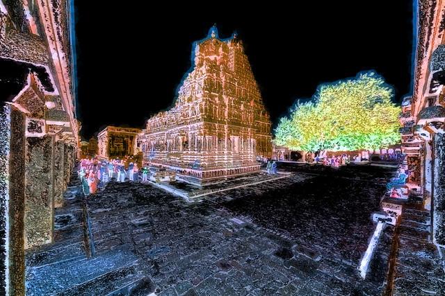 India - Tamil Nadu - Thanjavur - Brihadeshvara Temple - 420bb