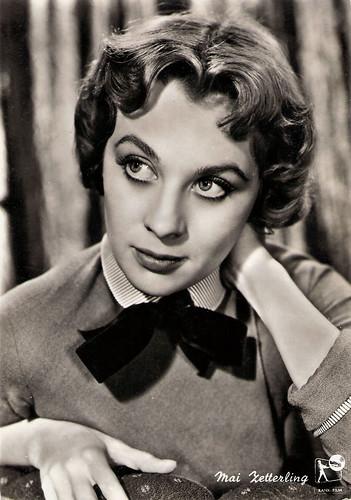 Mai Zetterling in Dance Little Lady (1954)